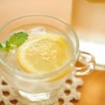 レモン水の美肌効果とは?飲むのは朝と夜どっちがいい?保存方法は?