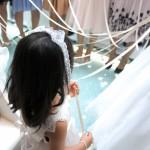 結婚式で子供がフラワーガールをする時のドレスは白でもいい?靴は?